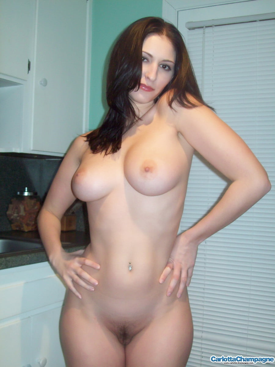 Naked girls with wide hips